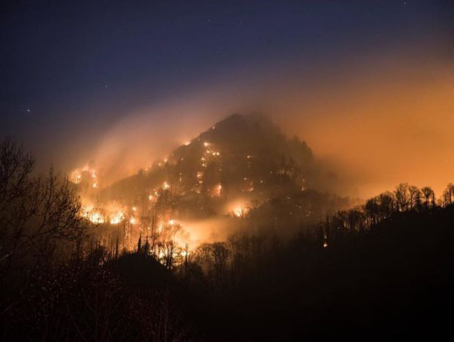 smoky-mountains-on-fire